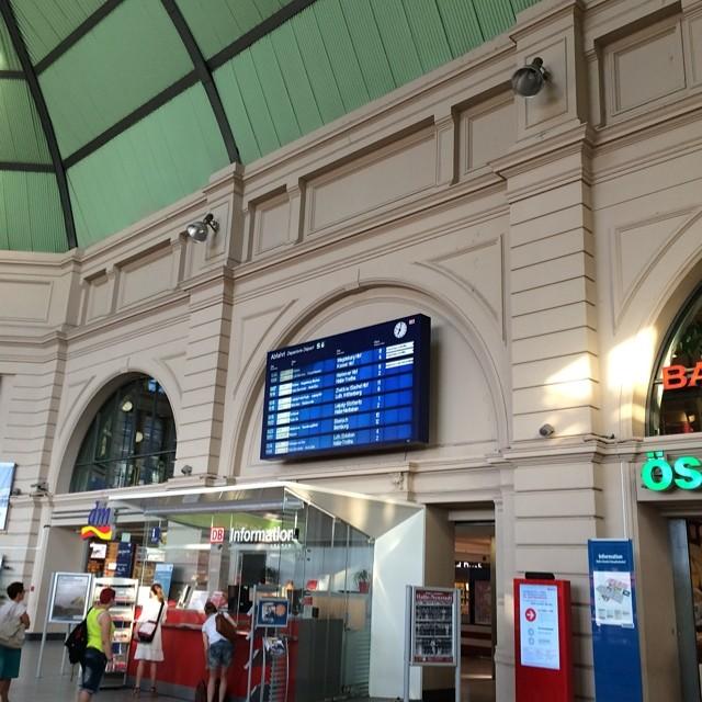 Bombe in MD, festsitzen in Halle - via Instagram