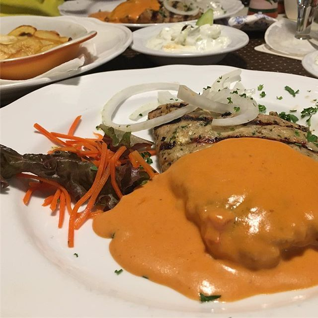 Lecker Bifteki beim Griechen #feierei - via Instagram