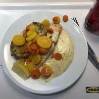 Laksfilé mit Gemüsepuffer #foodporn - via Instagram