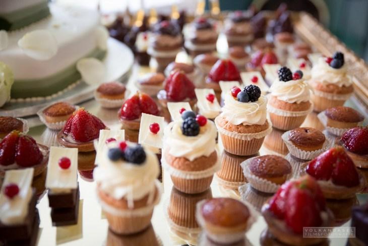 20 Pralinen und Cupcakes Hochzeit
