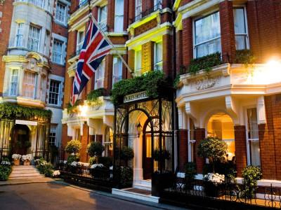 53daf5e6dcd5888e145d8fd6_dukes-hotel-london-london-brit_england-105210-1