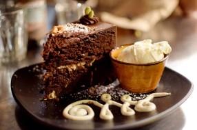 Vegie-Bar-chocolate-cake