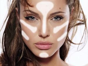 Il contouring: l'arte di scolpire il volto