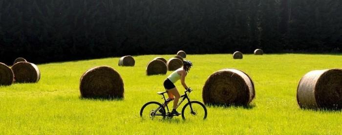 cicloturismo-di-eccellenzafra-i-paesaggi-della-romagna_06ad06ce-5d33-11e5-9aab-24f3a6b788aa_998_397_big_story_detail