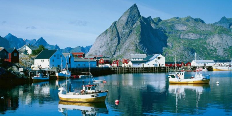 fishing-boats-hamnoy-lofoten-norway%20-%202-1_c932112b-ec27-4ff9-8e69-587fe4577f15