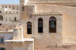 Noto_Chiesa_di_Santa_Chiara_Basilica_di_S.Salvatore_dalla_terrazza_Siracusa