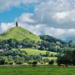solsbury-hill-con-peter-gabriel-sulle-tracce-di-re-artu