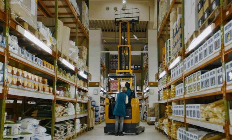 Supermercato-valzer-scaffali