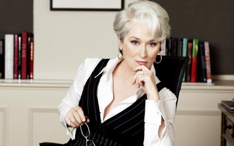 capelli-bianchi-il-nuovo-trend-moda-a-tutte-le-eta