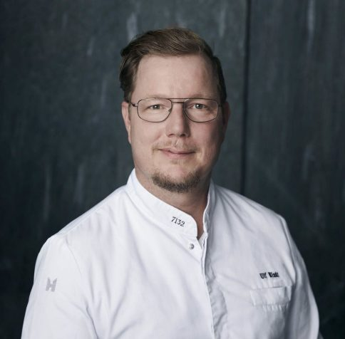 ulf-bladt-head-chef-red