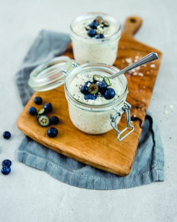 Shakes & Drinks_Chai Blueberry Overnigh oats_4x5