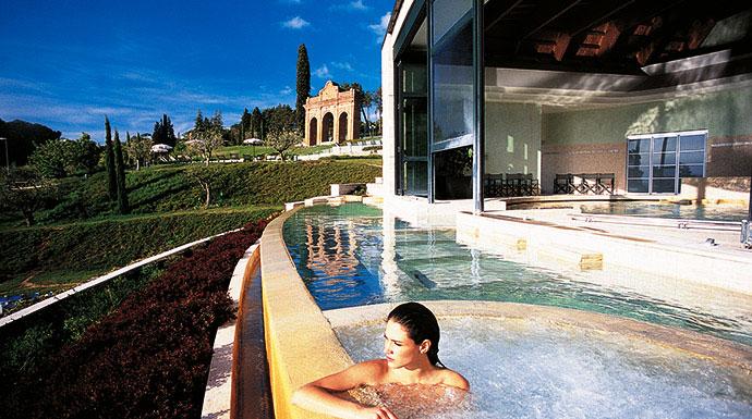 vacanze-in-italia-la-buona-idea-dimmergersi-nella-campagna-toscana