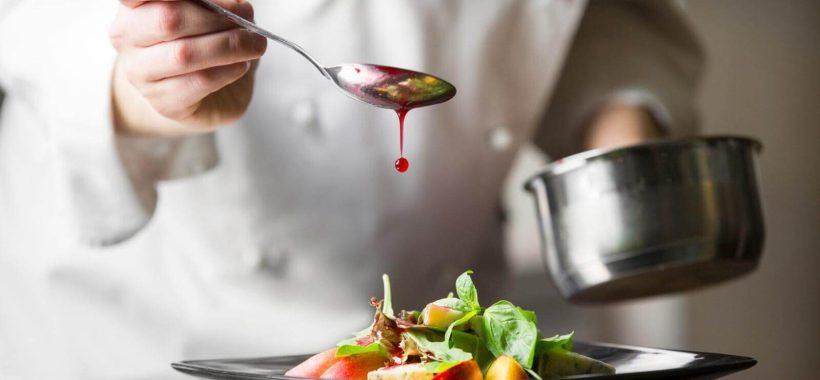 la-grande-cucina-degli-chef-entra-nelle-case-per-il-pranzo-di-natale