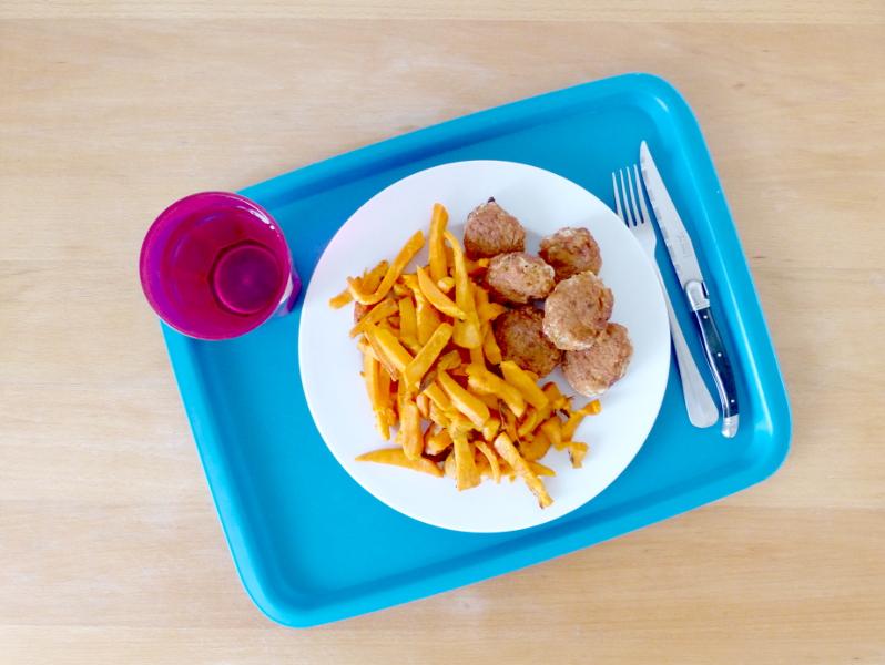 recette nuggets chou fleur et frites de patates douce - vegan