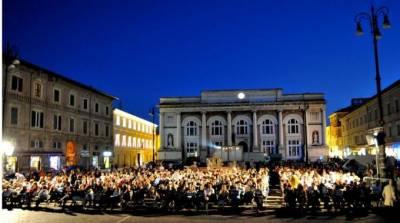 Pesaro53 in piazza
