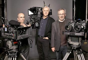 (da sinistra a destra) Jeffrey Katzenberg, James Cameron e Steven Spielberg