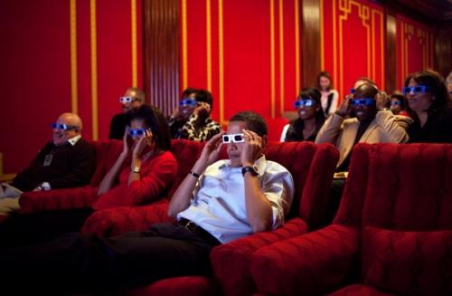 barack-e-michelle-obama-guardano-il-superbowl-in-d-large