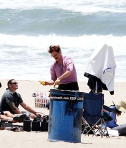 Joaquin Phoenix a Manhattan Beach, sul set di Spike Jonze e Charlie Kaufman