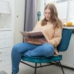 Prachtige fauteuil en kaars van Sfeer.nl