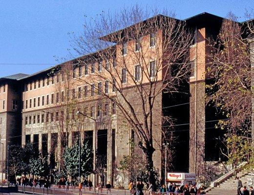 İstanbul Üniversitesi Edebiyat Fakültesi