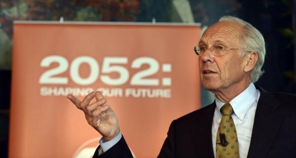 Il catastrofico scenario del futuro 2052 previsto da Jorgen Randers. I ricchi vivranno sempre meglio, mentre chi vive in povertà vedrà peggiorare le proprie condizioni.