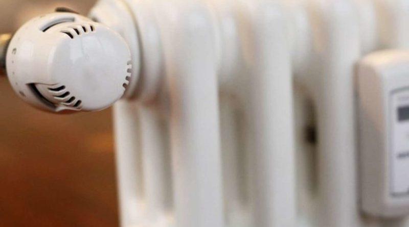 L'accensione degli impianti di riscaldamento per i nidi comunali ha avuto inizio ieri 14 novembre; per le scuole di ogni ordine e grado gli impianti termici sono stati attivati oggi 15 novembre.