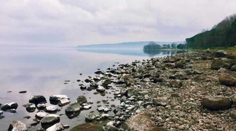 """Arrival'ordinanza del Campidoglio per regolamentare l'uso dell'acqua potabile a Roma per """"preservare il livello del lago di Bracciano"""" ma mancano proposte e azioni indispensabili."""