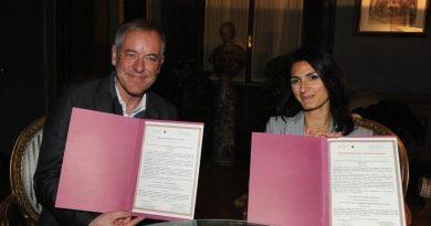 Roma ospiterà il Global Forum on Modern Direct Democracy 2018. Sindaca Raggi firma memorandum d'intenti con Associazione per promuovere democrazia diretta