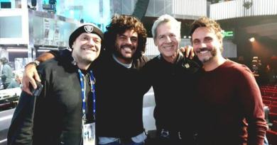 Sabato 10 febbraio, durante la finale del Festival di Sanremo, Max Nek Renga hanno presentato l'inedita versione a tre voci di Strada Facendo.