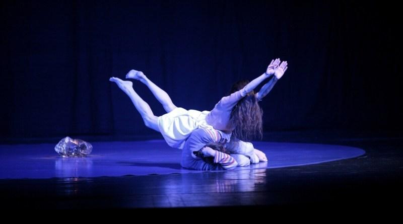 Romanzo d'infanzia della Compagnia Abbonadanza/Bertoni festeggia vent'anni di repliche in tutto il mondo al Teatro Biblioteca Quarticciolo, 14 e 15 marzo ore 21.