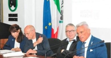 Questa mattina, venerdì 25 maggio, è stata presentata in conferenza stampa la nuova struttura retributiva per i lavoratori di Torrette e del Salesi di Ancona.