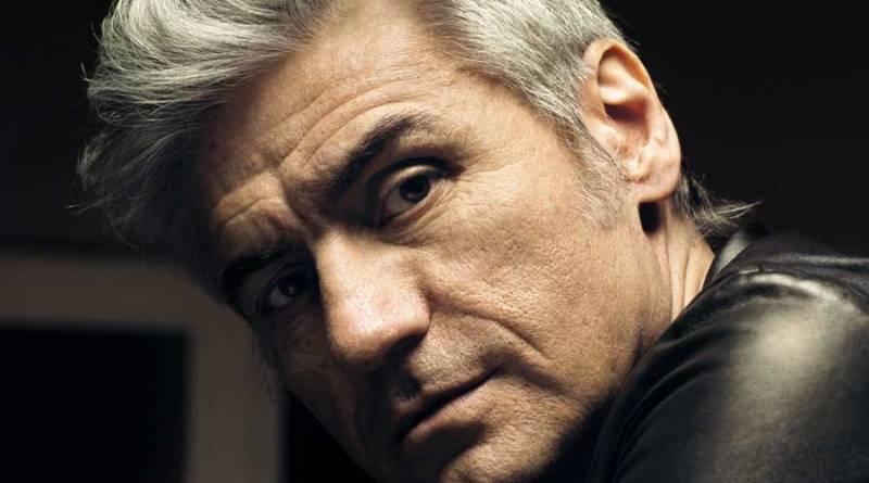 Luciano Ligabue, cantautore, scrittore e regista, il 4 luglio aprirà la seconda edizione del Festival Nazionale del Cinema e della Televisione di Benevento, in programma dal 4 al 9 luglio.