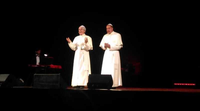 Dopo 15 lunghi anni, Massimo Lopez e Tullio Solenghi sono tornati ad incantare il loro pubblico; sold out per lo spettacolo andato in scena a Civitanova.