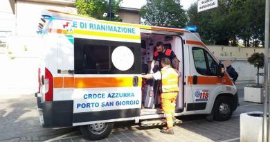 Tragedia ieri, martedì 23 ottobre, a Porto San Giorgio, dove un anziano è deceduto dopo essere caduto in mare con la sua auto, dove è rimasto bloccato.
