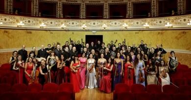 La Filarmonica Gioachino Rossini, domenica 23 dicembre, sarà al Teatro di Cagli per il concerto degli auguri con Pierino e il lupo e altre storie in musica.