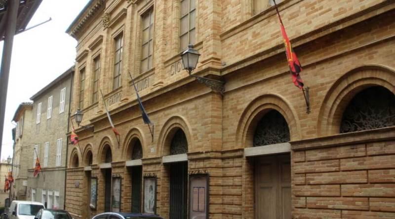 Si avvicina un fine settimana ricco per il Teatro Cicconi di Sant'Elpidio a Mare, con omaggio alla musica di Luigi Tenco e il ritorno dell'operetta.