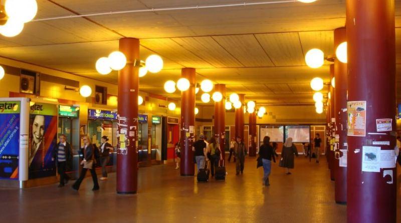 E adesso chiusa anche la fermata Anagnina, continua la triste moria della metro A.