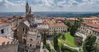 C'è sempre qualcosa che riesce a stupire in questa nostra Italia. Bergamo, dalla funicolare alla movida, una città magica tutta da scoprire.