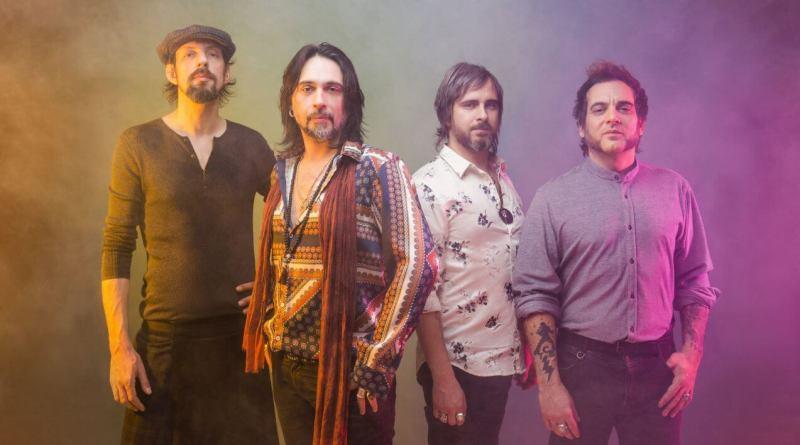 L'Amore Mi Fa Male è il nuovo singolo de Le Vibrazioni, che tornano dopo il grande successo del concerto al Mediolanum Forum, per i vent'anni di carriera.