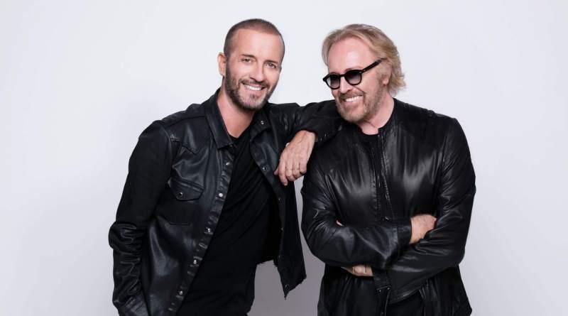 Due grandi amici, due repertori straordinari, oltre 30 hit, sono gli ingredienti del tour di Raf e Umberto Tozzi, che chiuderà il 25 settembre a Verona.