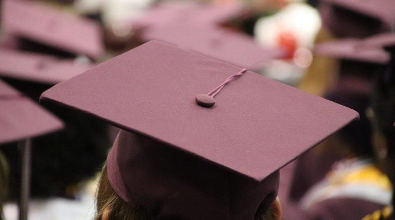 Un evento unico che merita di essere celebrato nel miglior modo possibile. La festa di laurea è un momento di passaggio, un grande giorno atteso una vita intera.