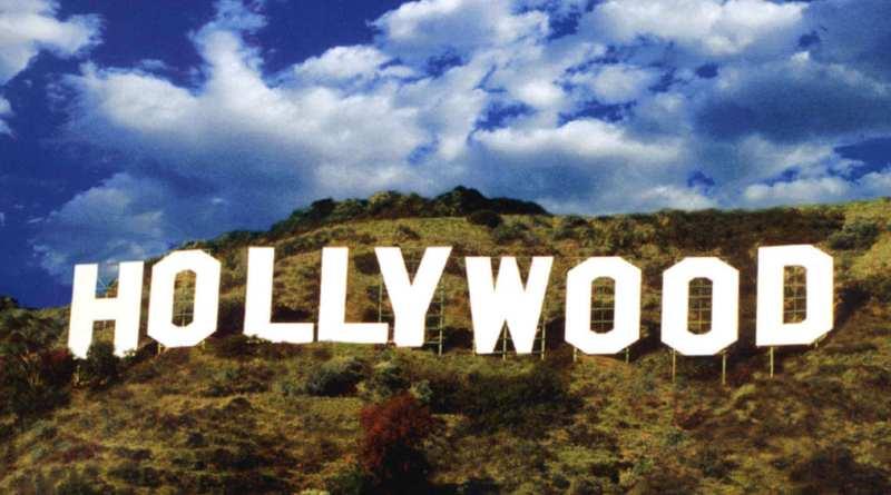 Moltissimo. Hollywood è un'industria e, come nelle fabbriche, ci sono dei ruoli. La nuova puntata su WebRadio SenzaBarcode.