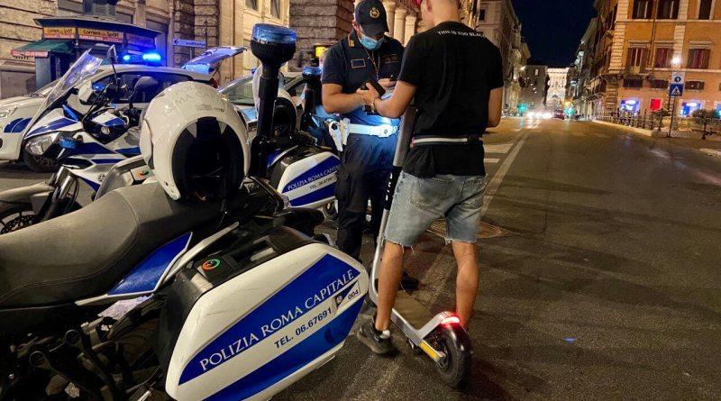 Blitz della Polizia Locale nelle principali vie del Centro Storico della Capitale, per verificare corretta modalità circolazione e utilizzo dei monopattini.