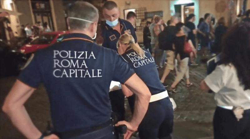 Polizia Locale, controlli anti-covid: scattano le prime sanzioni per mancato uso mascherine in orario serale a Fontana di Trevi e San Lorenzo