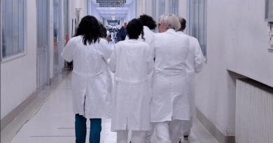 """Emergenza Covid - In Italia mancano 56mila medici. Consulcesi: """"Colpa dell'errata programmazione a partire dai test di Medicina""""."""