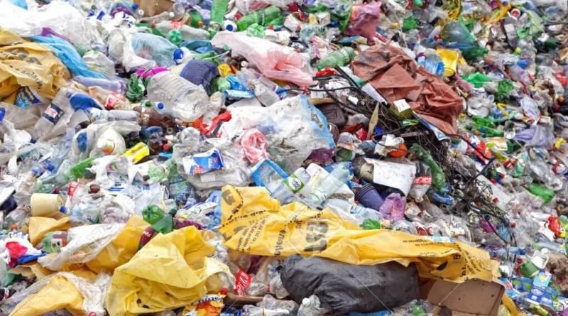 La terza edizione di Snews per scoprire tutto sui rifiuti plastici. Dal 19 al 21 ottobre, in presenza al C.A.G. Scholè e online.