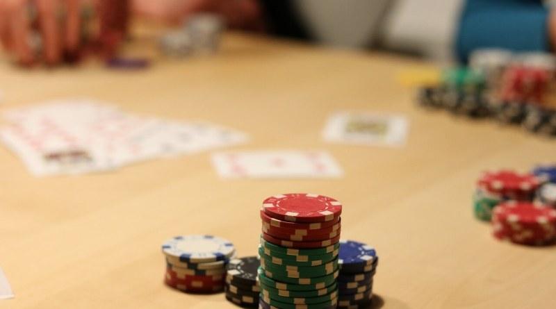Una battaglia psicologica. Così veniva visto il poker secondo la Federazione Internazionale di uno dei più conosciuti giochi...