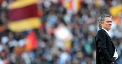 Josè Mourinho nuovo Allenatore della Roma. Il portoghese pronto per l'avventura nella capitale dello Special One.