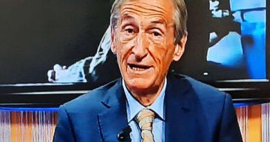 """Giancarlo Isaia, docente di Geriatria e presidente dell'Accademia di Medicina di Torino """"La vitamina D: l'ormone della salute""""."""