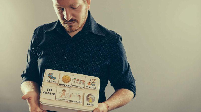 Matebox nasce per combattere la disabilità con la musica e le immagini, da un'idea di Matteo Scapin.